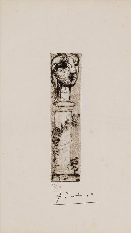 alt Buste Sculpté sur un Socle