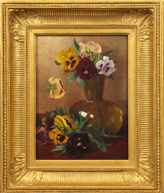 hirst_pansies-in-glass-vase