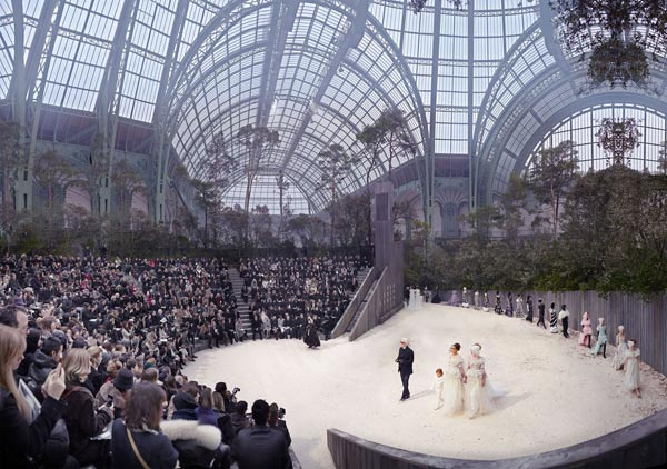 alt The Forest Beneath the Palace, Chanel Spring/Summer 2013, Haute Couture at the Grand Palais