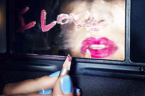 Love Traveller