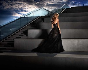 the_girl_in_the_black_dress