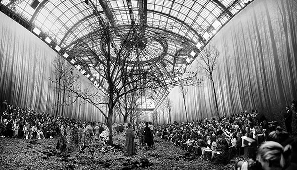Chanel Autumn BW, Fall Winter 2018, Le Grand Palais, Paris C-print by artist Simon Procter